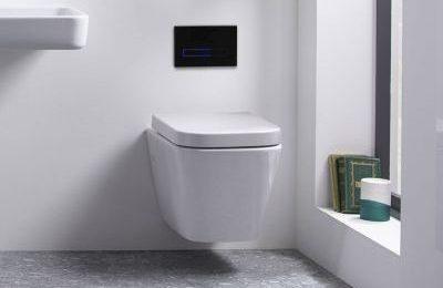 Commercial Toilet With Flush Sensors